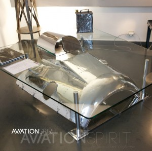 Table aeordesign aviation spirit jean pierre carpentier for Table basse moteur voiture